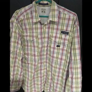 Mens shirt size medium by Columbia